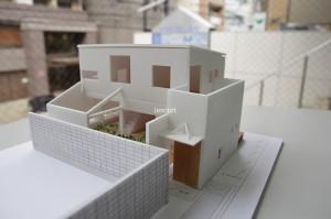 旗竿地に建つ家 ミサオケンチクラボ 模型